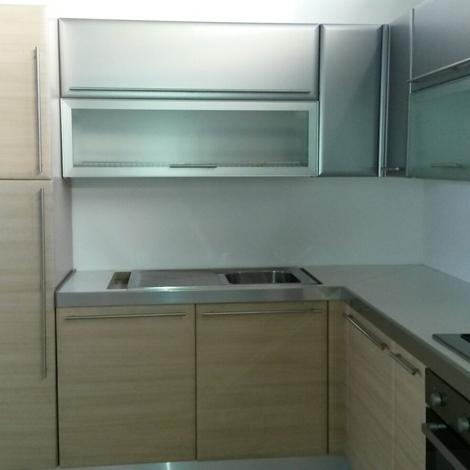 Cucina ad angolo moderna Maior Cucine scontata del 68% - Cucine a ...