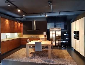 Cucina ad angolo in legno noce Em5080 di hacker a prezzo ribassato