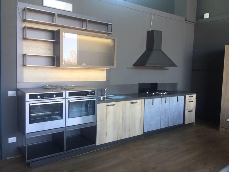 Cucina ad angolo loft snaidero con un ribasso del 50 for Bombara arredamenti