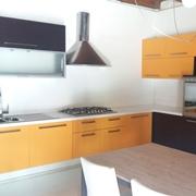 Cucina ad angolo in legno Maior Cucine scontata del 70%