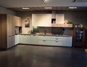 Cucina ad angolo Maya Stosa cucine con un ribasso del 70%