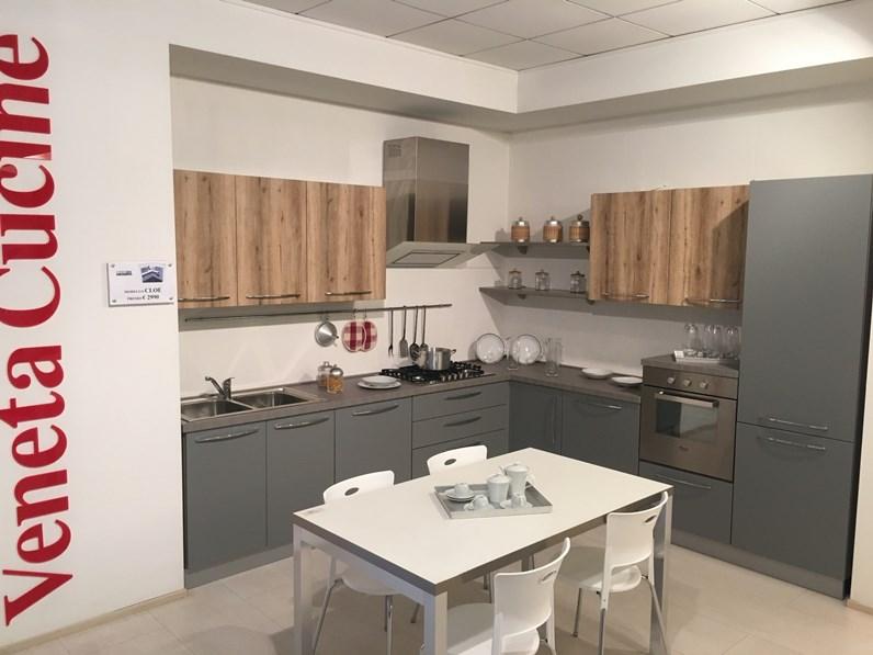 Cucina ad angolo moderna cloe net cucine a prezzo ribassato for Cucine moderne ad angolo