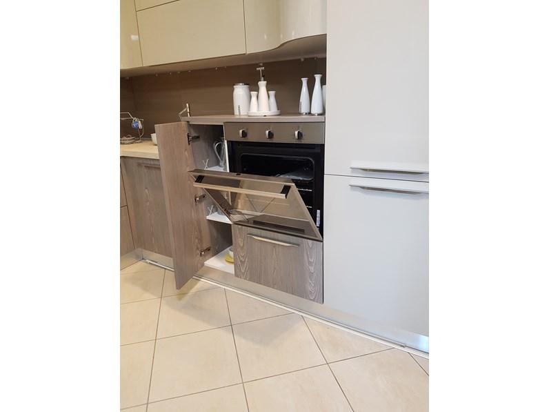 Cucina ad angolo moderna miami spar a prezzo ribassato - Cucina angolo moderna ...