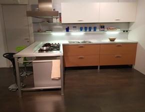 Cucina ad angolo moderna Planet Varenna a prezzo ribassato
