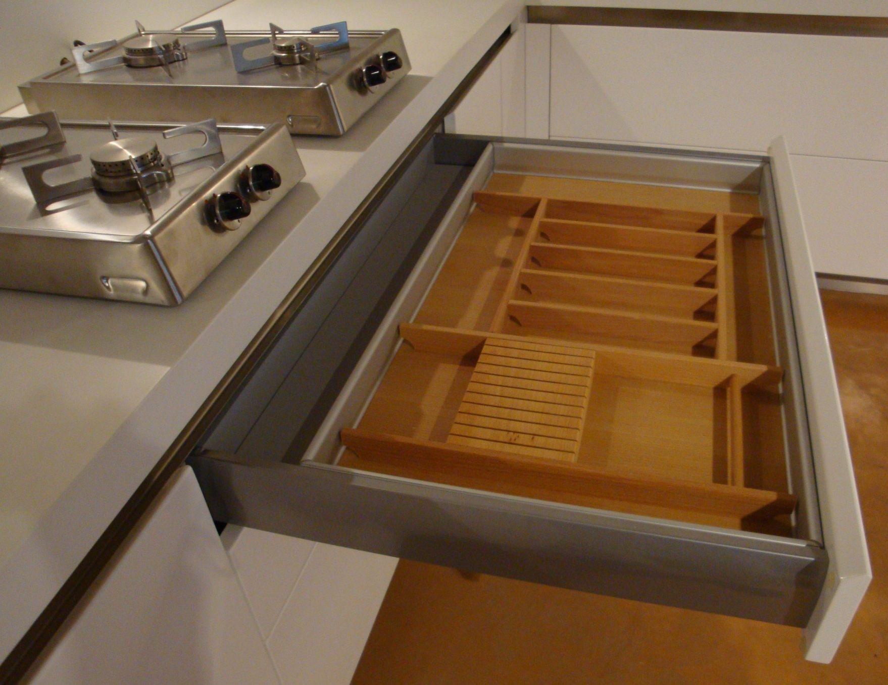 Cucina Ad Angolo Moderna Cucine A Prezzi Scontati