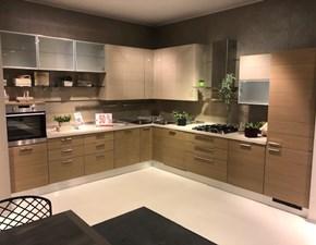 Cucina ad angolo Open dogata legno Scavolini con uno sconto vantaggioso