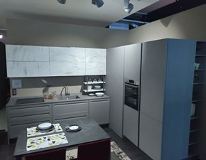 Cucina ad angolo Round frame Lube cucine con uno sconto vantaggioso