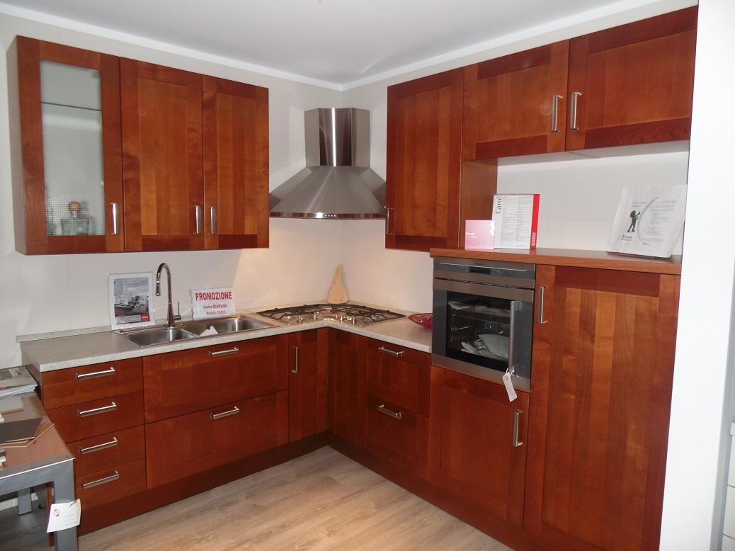 Cucina ad angolo Scavolini Carol scontata del 34% - Cucine a ...