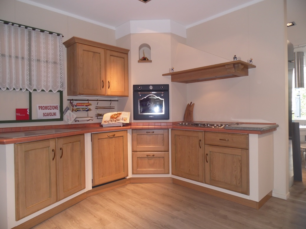 Cucina ad angolo scavolini cora scontata del 34 cucine - Lavello cucina ad angolo ...
