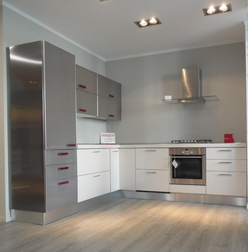 Cucine ad angolo moderne piccole ww58 regardsdefemmes - Soluzioni cucine ad angolo ...