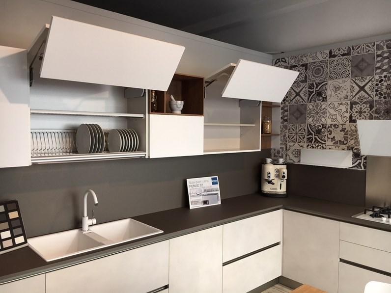Cucina ad angolo stosa cucine infinity a prezzi outlet for Cucine componibili ad angolo prezzi