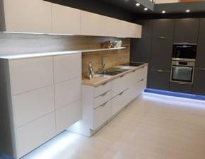 Cucina ad angolo Touch laccato opaco Artigianale con uno sconto del 50%
