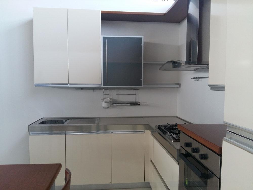 Cucina ad angolo treo scontata del 69 cucine a prezzi - Cucina a angolo ...