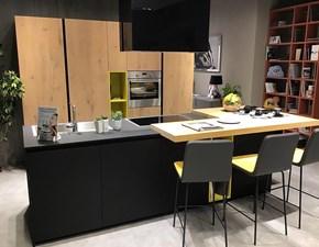 Cucina ad isola Aspen legno e fenix Doimo cucine con uno sconto del 54%