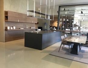 Cucina ad isola design Hi-line 6 Dada a prezzo scontato