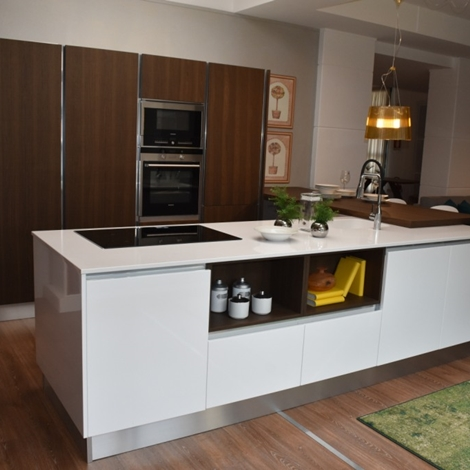Cucina ad isola di veneta cucine modello sistematica in offerta cucine a prezzi scontati - Cucina ad isola prezzi ...