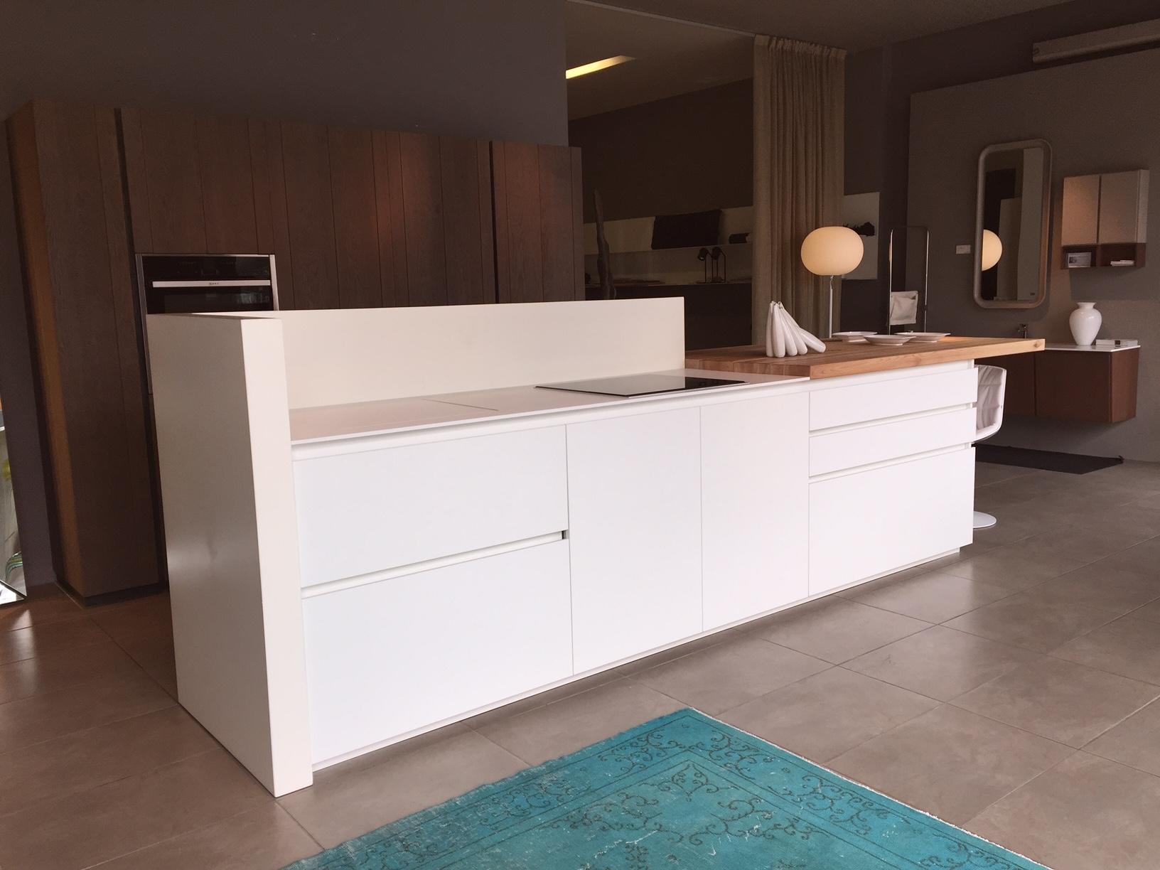 Cucina ad isola idee di design per la casa for Isola cucina prezzi