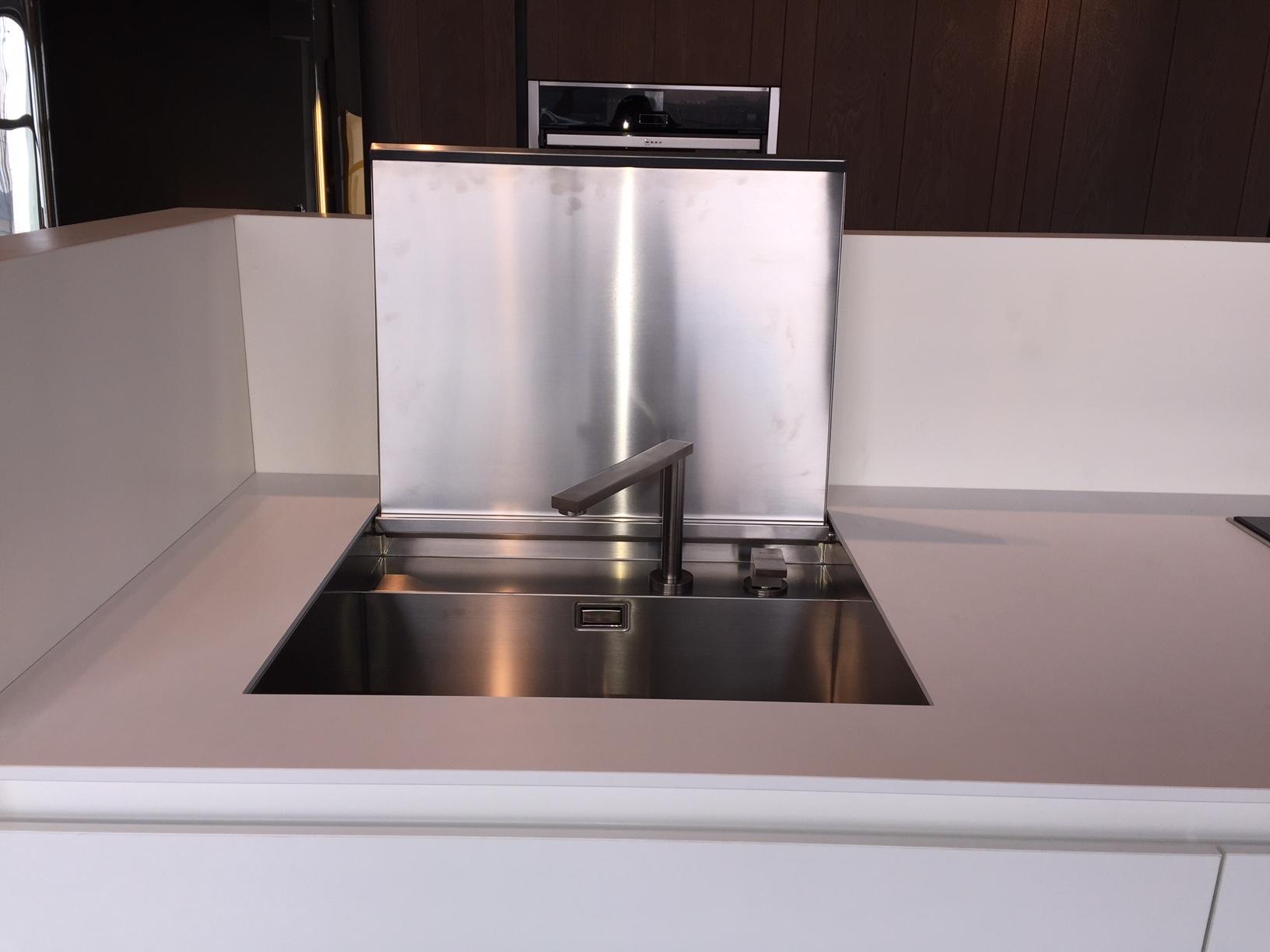 Cucina ad isola idee di design per la casa - Cucina ad isola prezzi ...