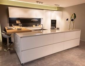 Cucina Ak03 moderna bianca ad isola Arrital cucine