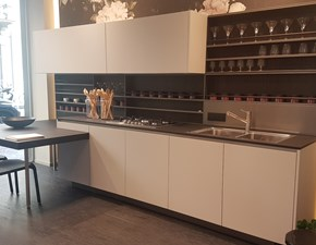 Cucina Alea moderna grigio con penisola Varenna