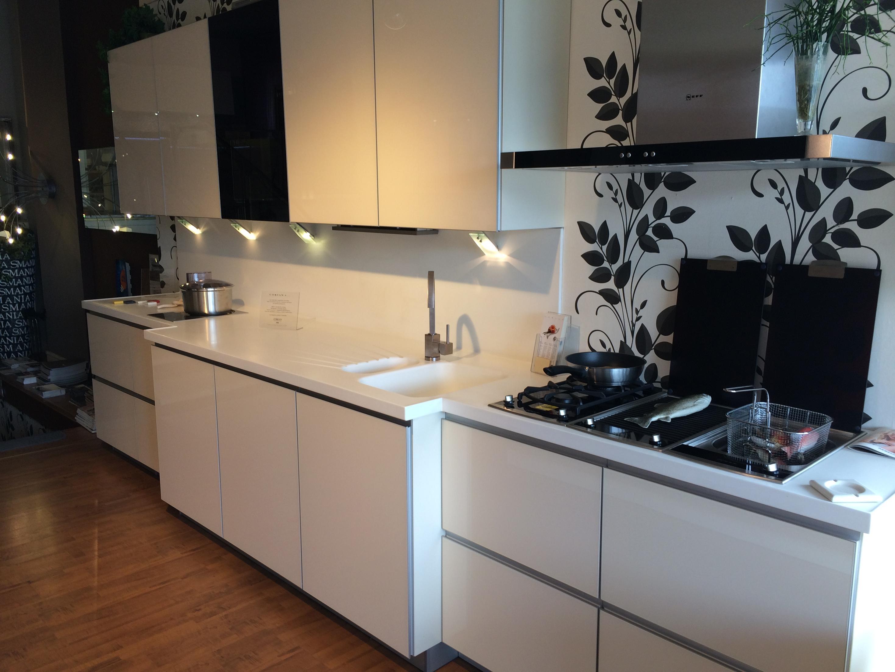 Cucina alno art pro vetro in offerta cucine a prezzi - Top cucina in vetro ...
