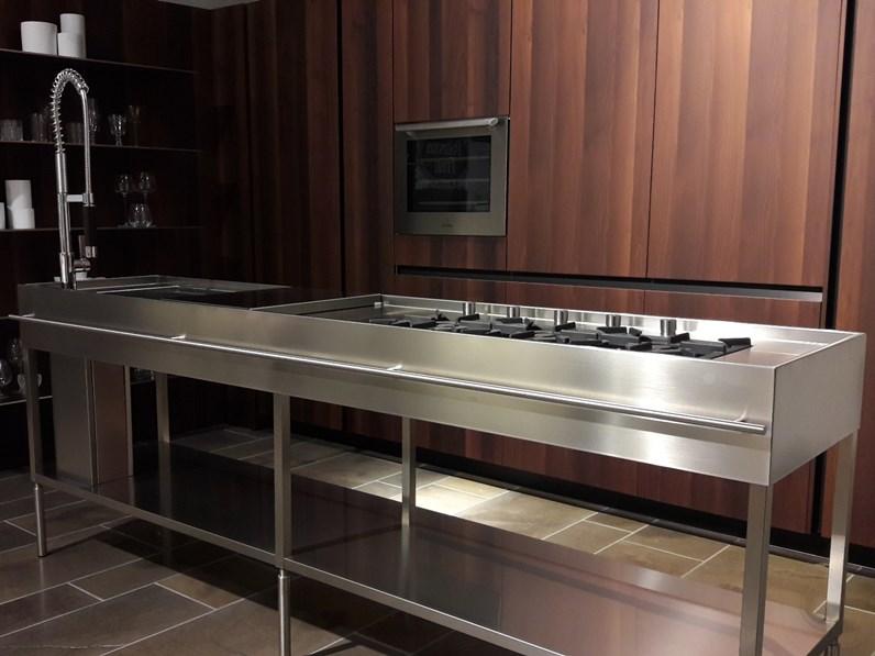 Cucina altri colori design ad isola slim elmar cucine in offerta outlet - Cucine di design in offerta ...