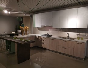 Cucina altri colori design con penisola Round Arredo3