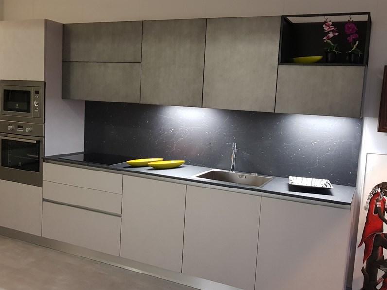 Cucina altri colori design lineare yota armony cucine in - Cucine di design in offerta ...