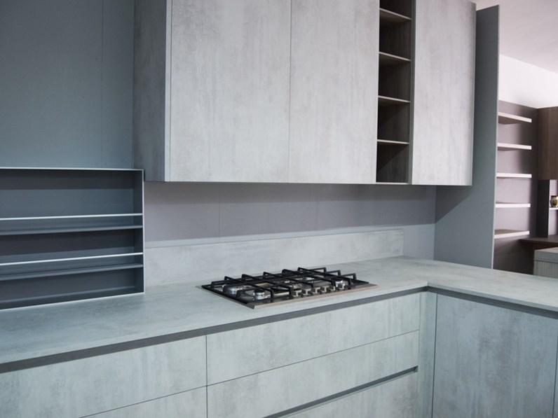 Cucina altri colori moderna con penisola copatlife di for Cucine di marca in offerta