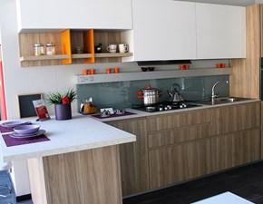 Cucina altri colori moderna con penisola Volumia Febal