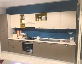 Cucina altri colori moderna lineare Alma Creo kitchens in Offerta Outlet