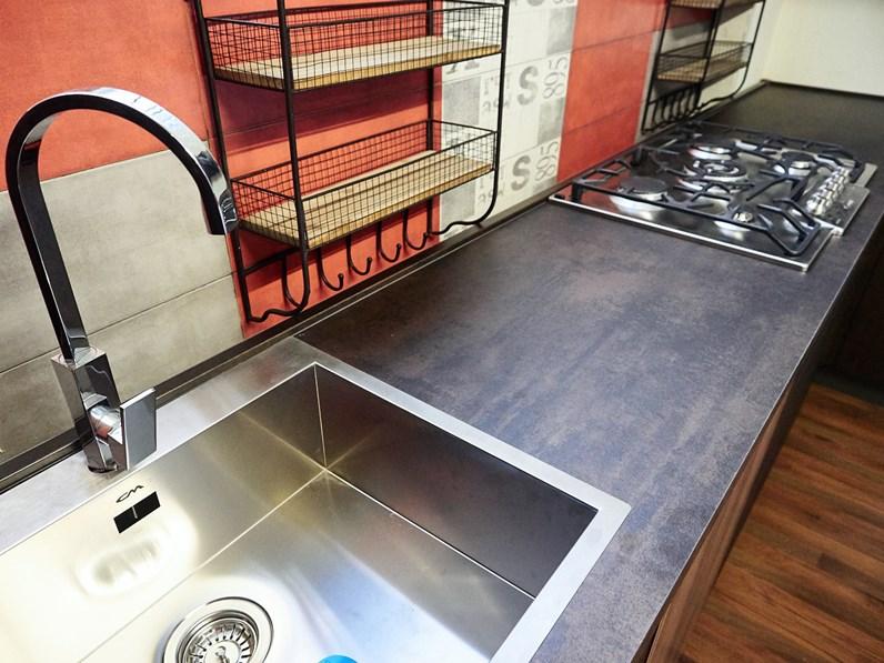 Cucina angolare industriale ossido bronzo e ferro in offerta outlet nuovimondi - Cucine in ferro ...