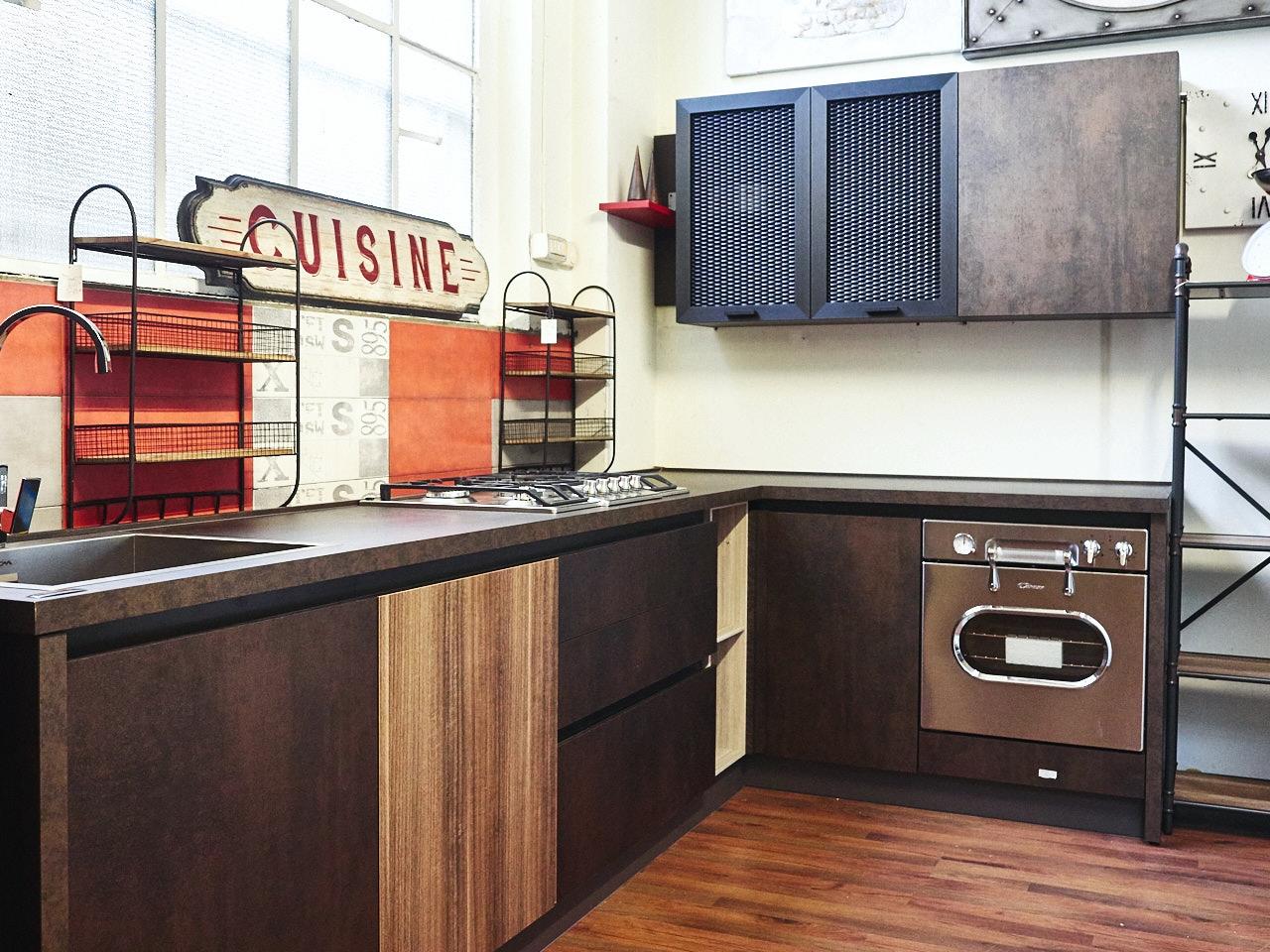 Cucina angolare industriale ossido bronzo e ferro in - Cucina in offerta ...