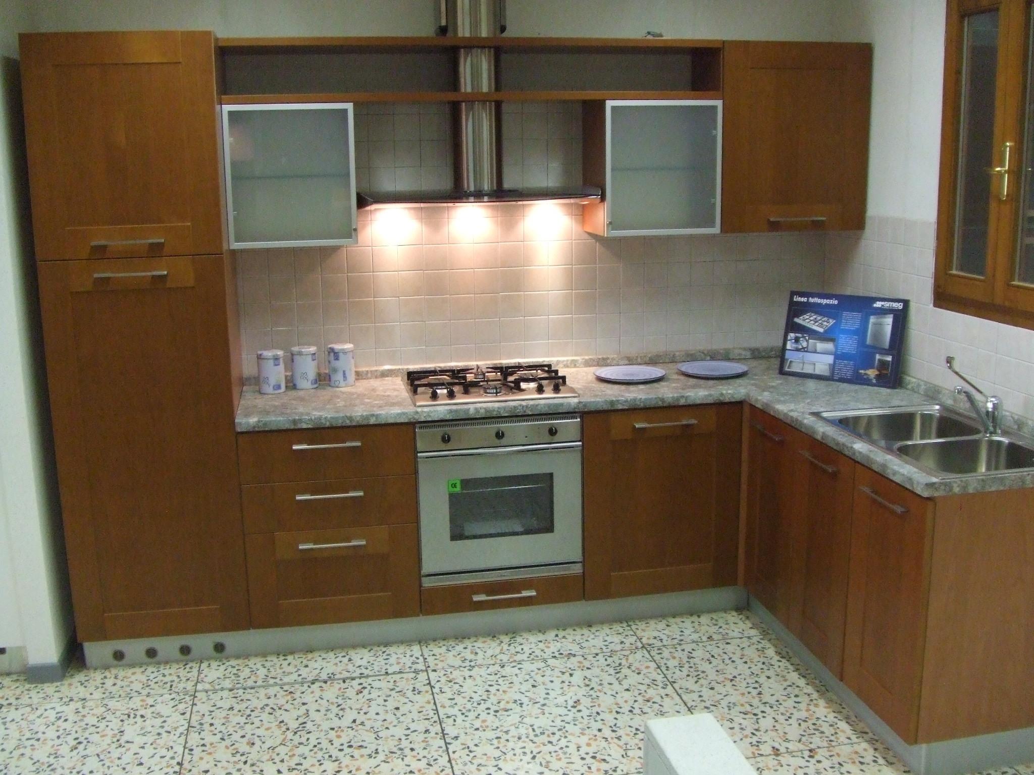 Mobilegno cucine cucina gaia legno cucine a prezzi scontati - Cucine senza elettrodomestici ...