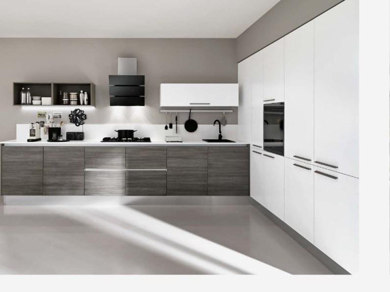 cucina angolare max lineare essenza grigia moderna con colonne in offerta  convenienza