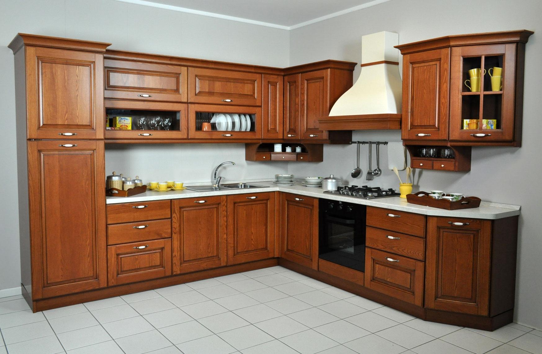 Cucina angolare veneta cucine con elettrodomestici scontata a prezzo offerta cucine a prezzi for Cucine classiche in offerta