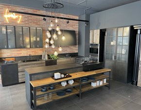 Cucina antracite industriale ad isola Factory Aster cucine in Offerta Outlet