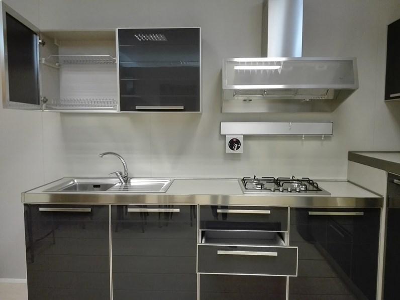 Cucina antracite moderna ad angolo glass di masec in vetro - Cucina angolo moderna ...