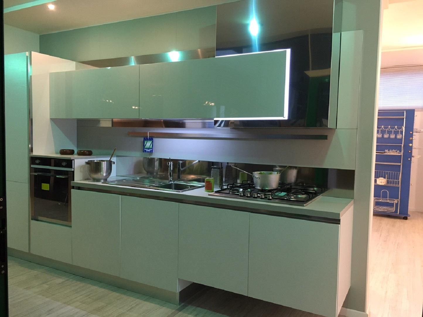Cucina Ar-Tre Laccato frassinato Bianco lineare L.365 - Cucine a ...