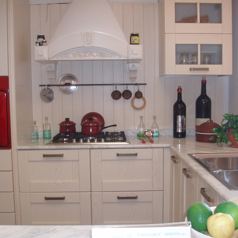 Cucina ar tre signoressa classica legno bianca cucine a prezzi scontati - Ar tre cucine prezzi ...