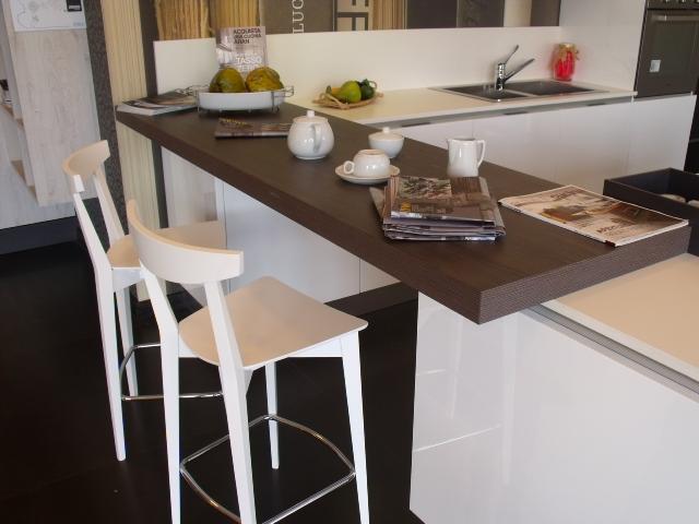 Cucina Aran Cucine Bella Moderno Laccato Lucido Bianca - Cucine a ...