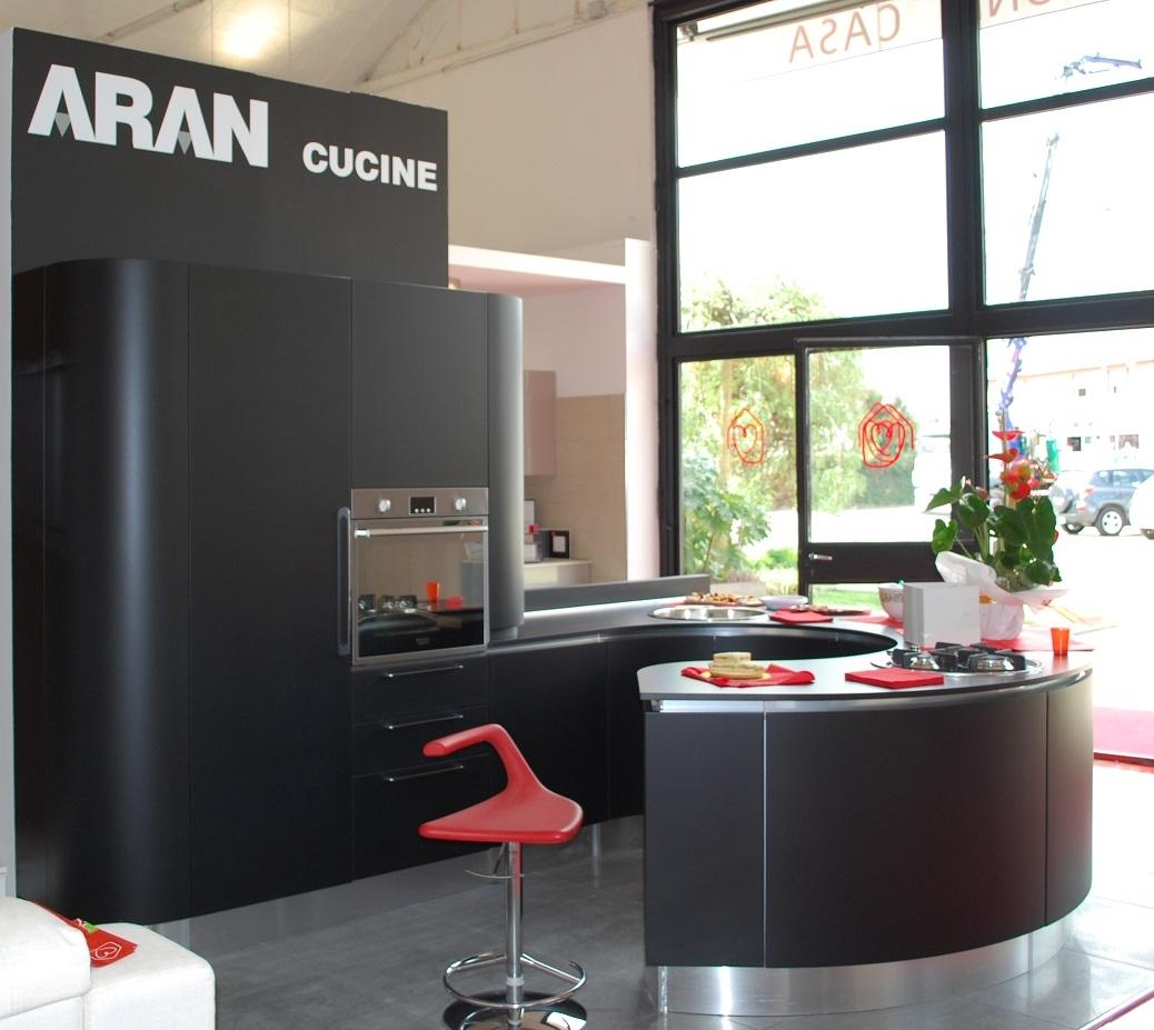 Visiva La Cucina Volare Di Aran Con Basi Laccate Bianco Lucido Ante  #9B3031 1038 927 Aran O Veneta Cucine