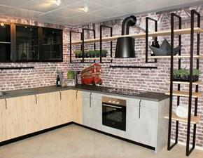 Cucina Aran industriale ad angolo rovere chiaro in laminato materico Lab 13