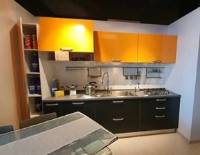 Cucina arancio moderna lineare Thai Dibiesse in Offerta Outlet
