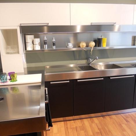 Cucina arclinea artusi legno sottocosto cucine a prezzi for Cucine sottocosto