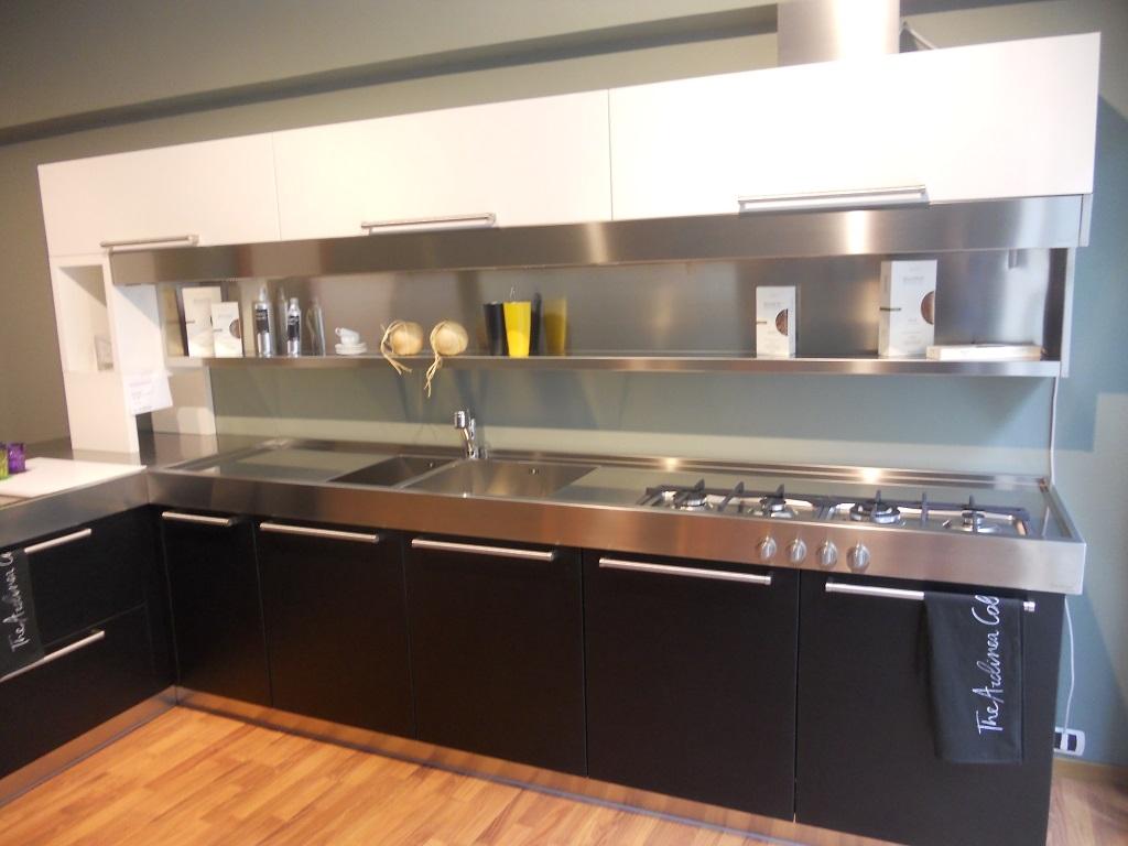 Cucina arclinea artusi legno sottocosto cucine a prezzi scontati - Cucina acciaio prezzi ...