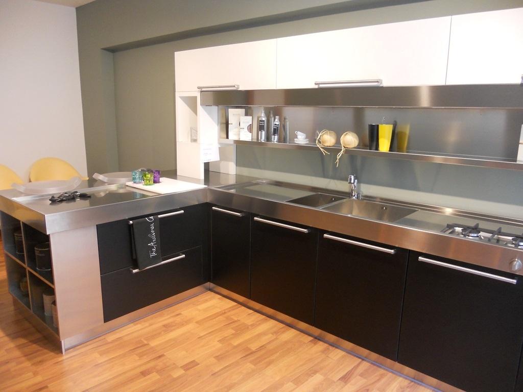 Mobili da cucina usati a torino trova le migliori idee for Pensili cucina ikea
