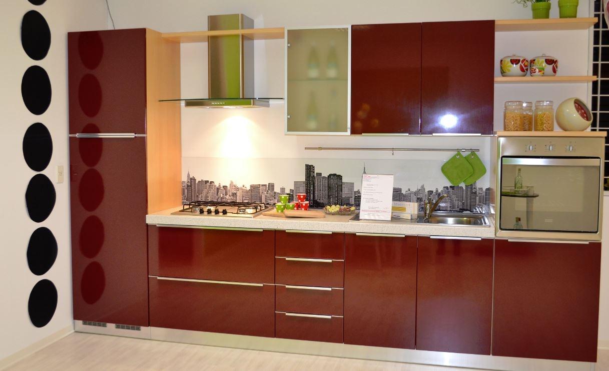 Cucina arredo3 diva moderno laminato lucido rossa cucine - Spessore top cucina ...