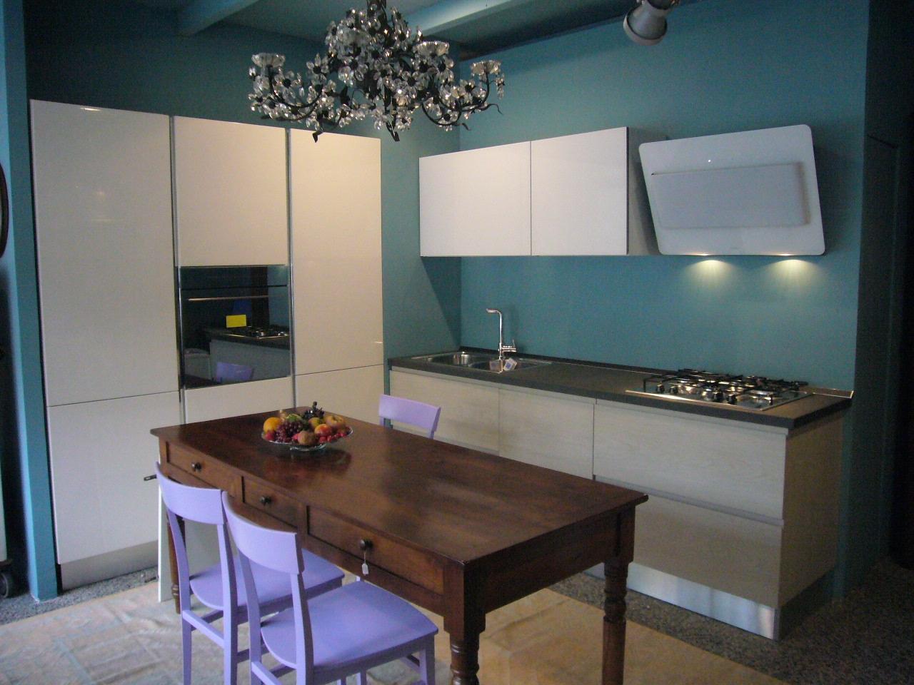 Cucina arredo3 in offerta cucine a prezzi scontati for Cucina arreda