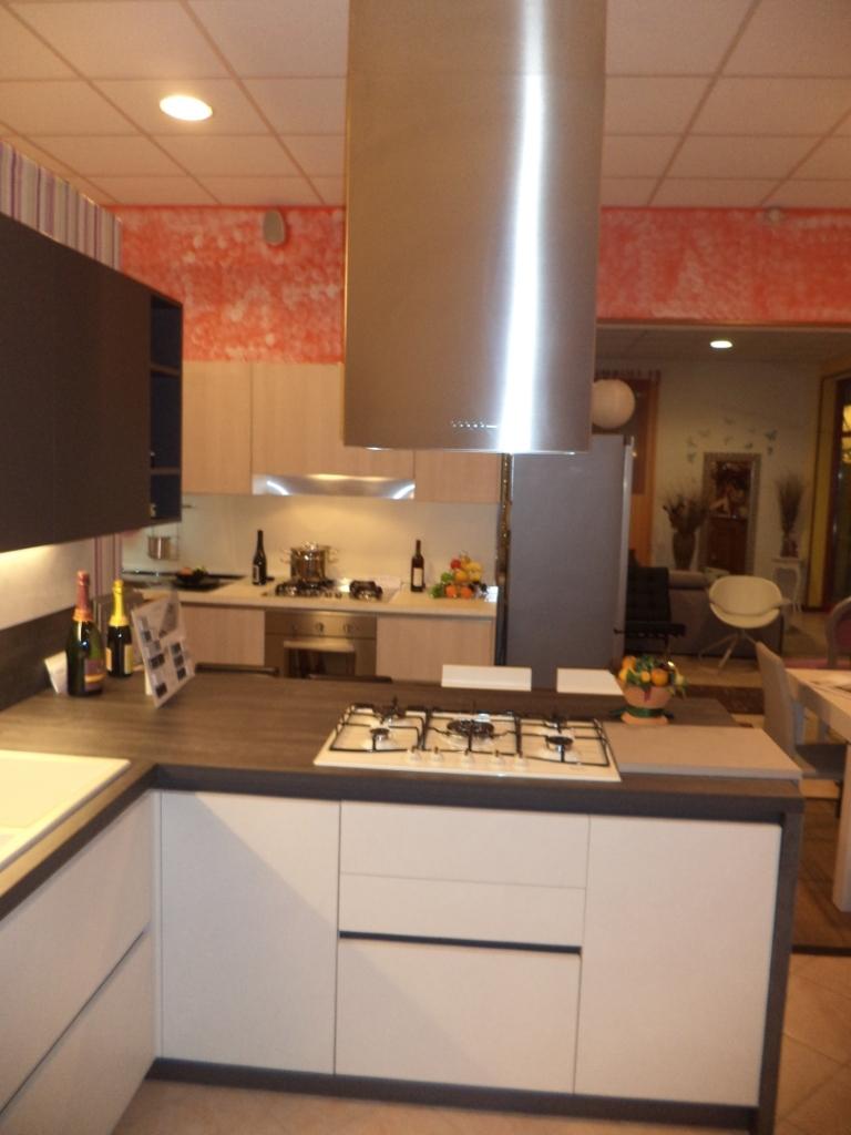 Arredo 3 cucina kali 39 scontata completa di elettrodomestici ariston cucine a prezzi scontati - Cucina arredo3 kali ...
